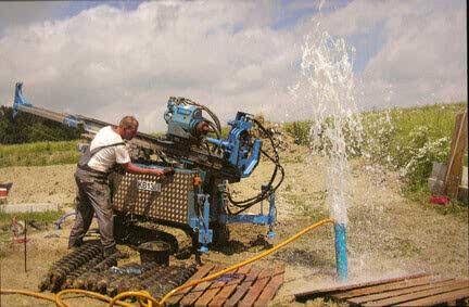 Доступ к грунтовым водам: бурение скважины